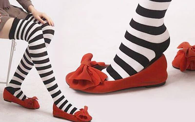 مدل جوراب بلند زنانه طرح دار با کفش کالج