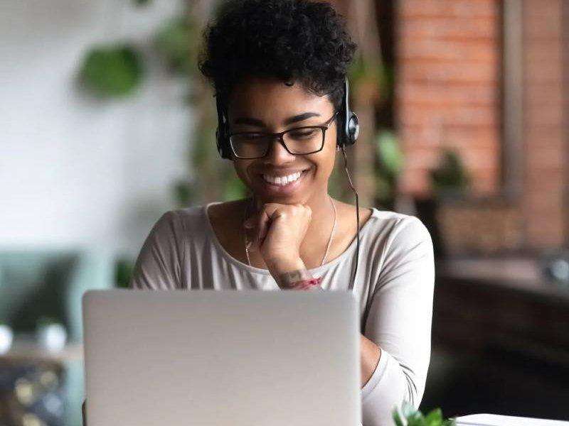 آشنایی با بهترین لپ تاپ های دانشجویی 2021