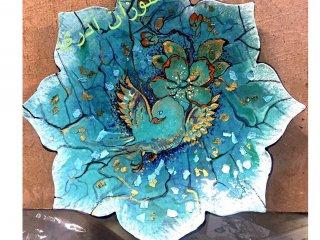 نقاشی تزئینی روی ظروف