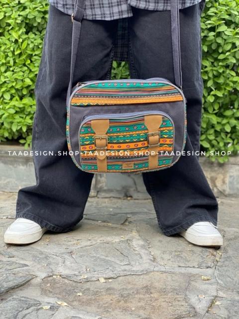 کیف دوشی بزرگ2سگک 5 جیب -کد304