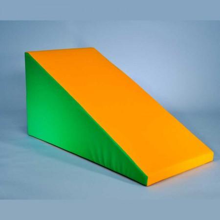 سازه فومی مدل سطح شیبدار ساده
