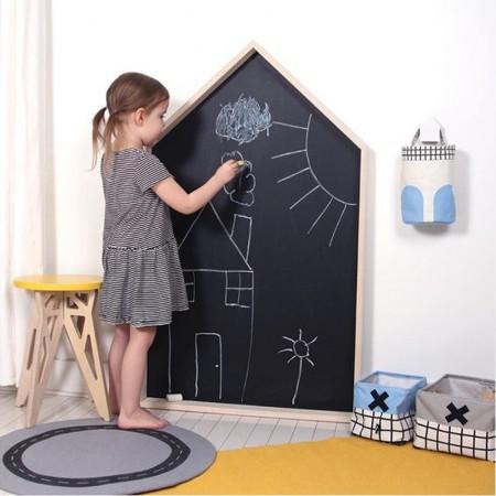 تخته نقاشی کودک مدل کلبه چوبی