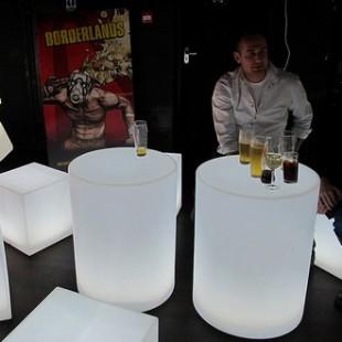 میز ال ای دی نورانی استوانه ای