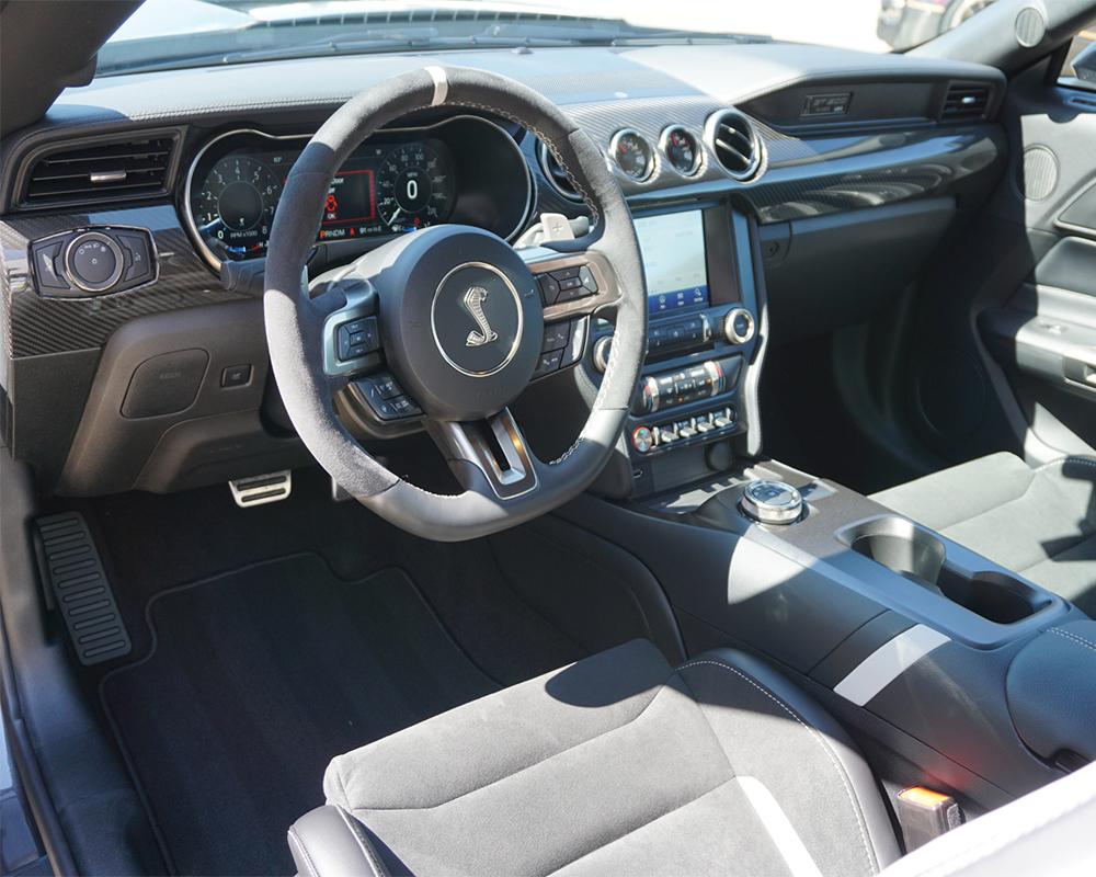 تصویر داخل خودروی فورد موستانگ شلبی gt500