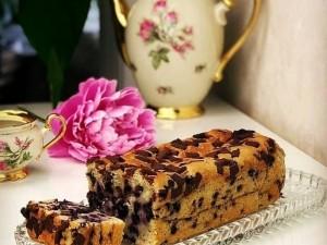 طرز تهیه کیک آلبالویی با ماست