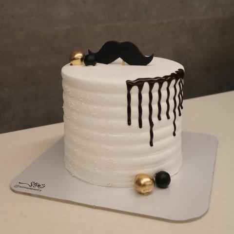 کیک مردانه ارتفاع دار