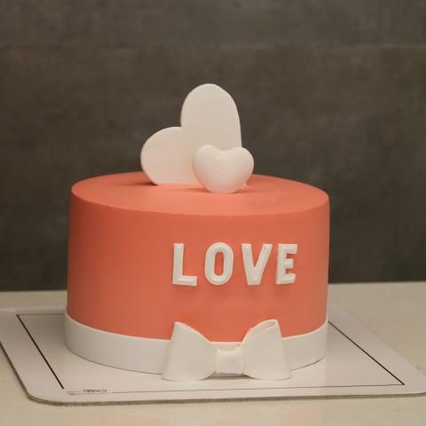 کیک love