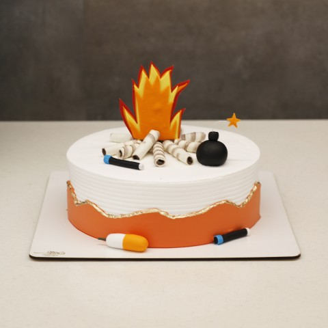 کیک چهارشنبه سوری