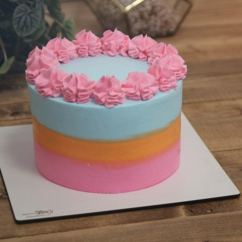 کیک رنگی