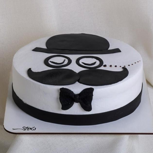 کیک نیمه فوندانت