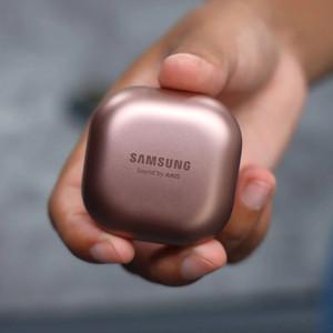 هدفون بی سیم سامسونگ مدل Galaxy Buds Live